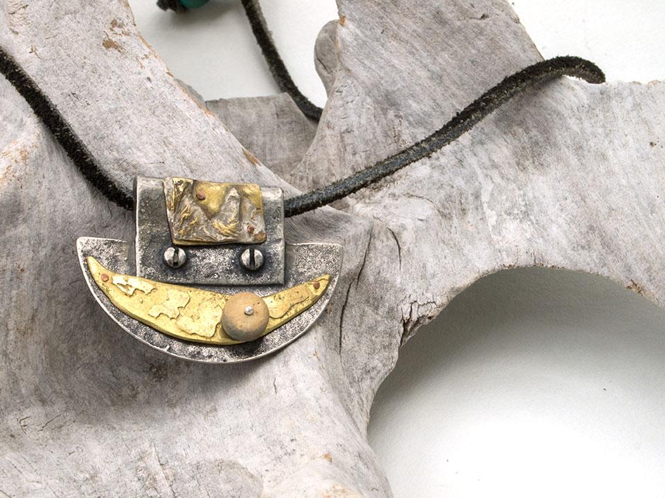 boat pendant
